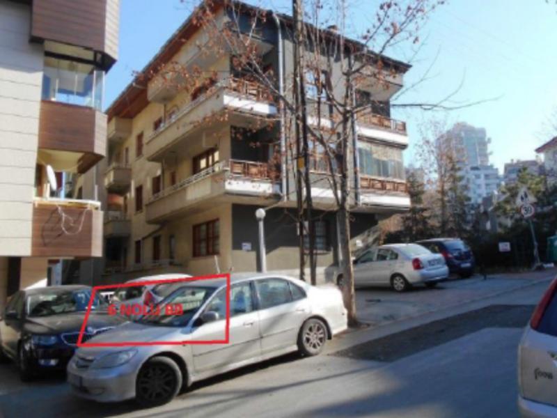 Ankara Çankaya'da 3+1 Bodrum Daire