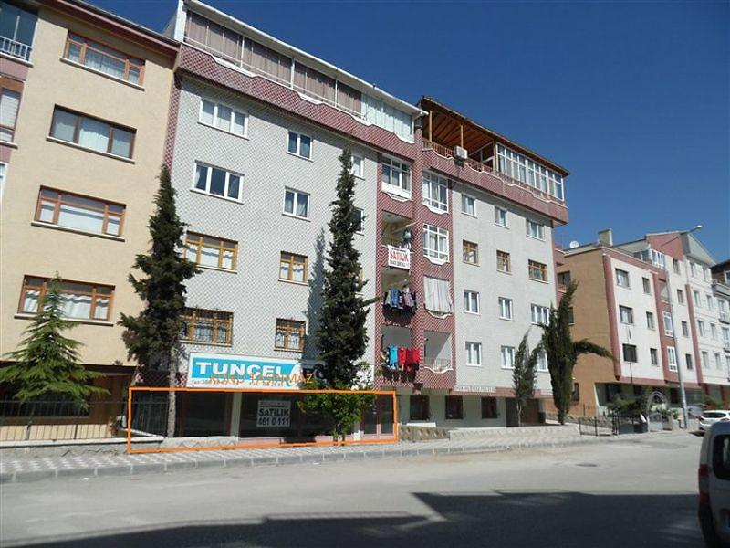 Ankara Etimesgut'ta 82 m2 Dükkan