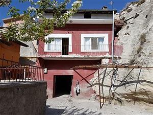 Nevşehir Merkez Bankadan Satılık 185 m2 Bina