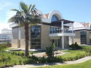 Antalya Serik Bankadan Satılık 310 m2 Villa