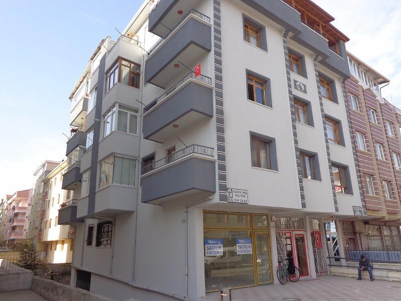Ankara Etimesgut Elvan Mahallesi'nde Depolu Dükkan