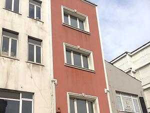 İstanbul Beyoğlu Aracıdan Satılık 230 m2 Bina
