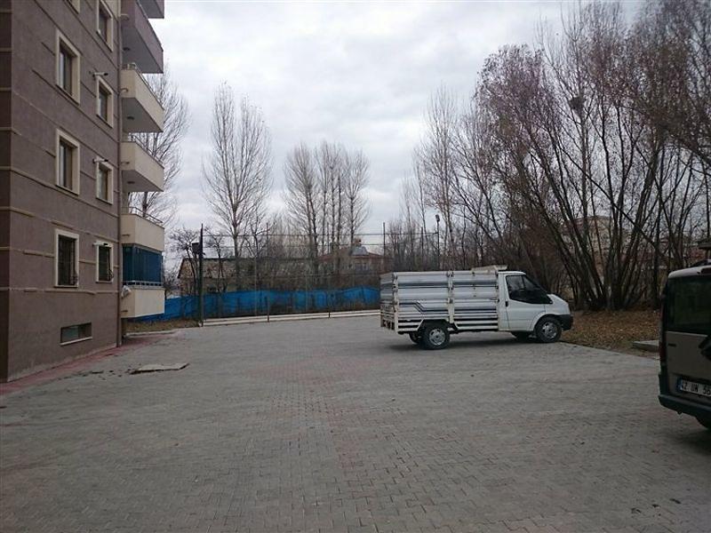 Van Merkez Bankadan Satılık 151 m2 Daire