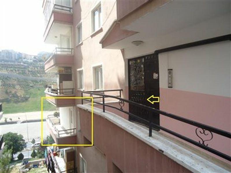 Ankara Mamak Bankadan Satılık 81 m2 Daire