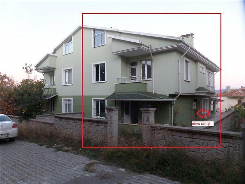 Kastamonu Tosya Bahçelievler'de  387 m2 5+3 Natamam Tripleks