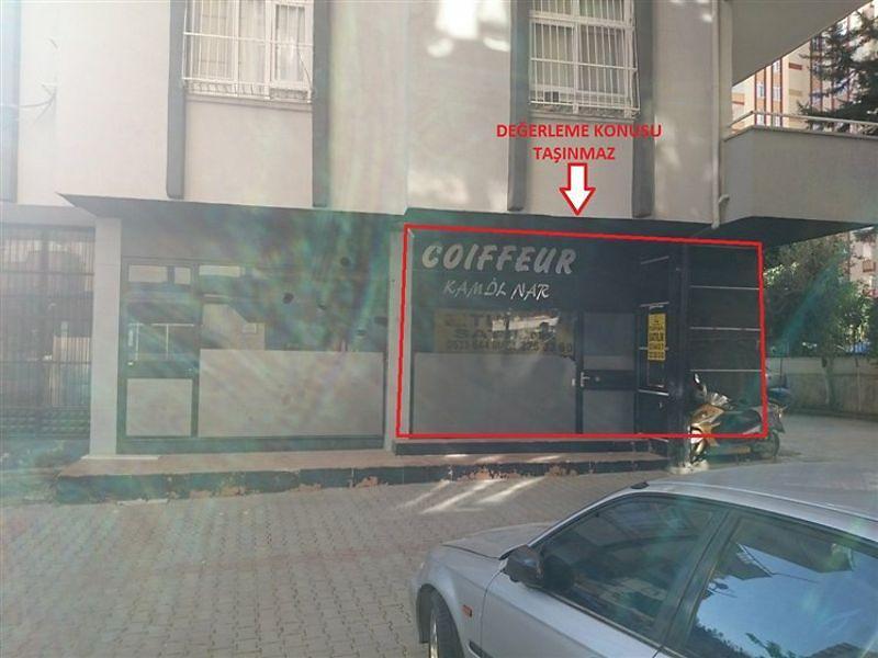 Adana Çukurova Bankadan Satılık 90 m2 Dükkan