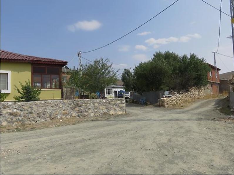 Sivas Ulaş Şirketten Satılık 145 m2 Bina