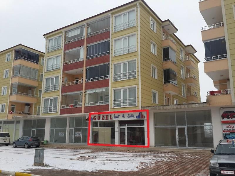 Amasya Suluova Bir Eylül Mahallesinde 152 m2 Dükkan