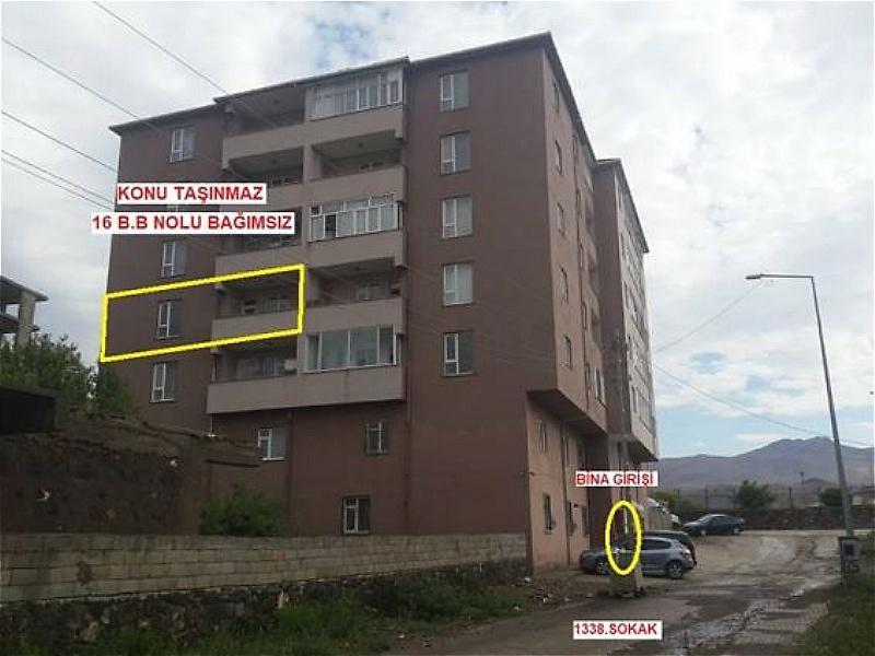 Ağrı Doğubeyazıt Ahmedihani Mahallesinde 151 m2 3+1 Daire