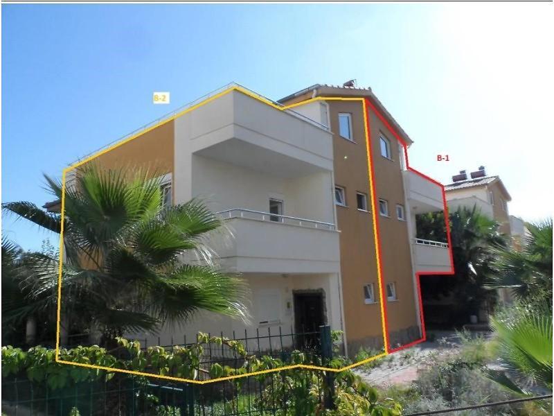 Antalya Alanya Avsallarda 130 m2 Tripleks Daire