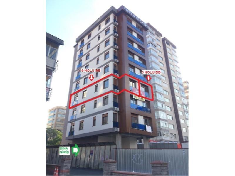 İstanbul Kadıköy Göztepe Mahallesinde 2+1 Daire