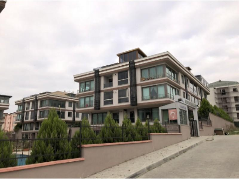 İstanbul Büyükçekmece Şirketten Satılık 135 m2 Daire