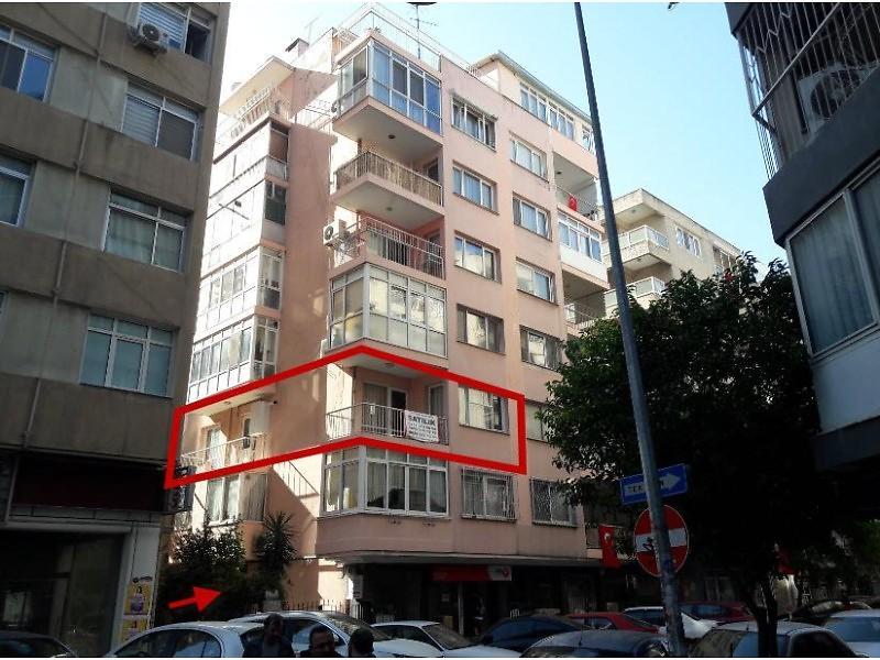 İzmir Konak Alsancak Mahallesinde 2+1 88 m2 Daire