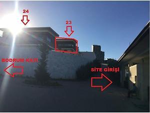 Ankara Gölbaşı Hacılar Mahallesi'nde 465 m2 4+1 Villa