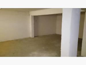 Eskişehir Odunpazarı Emek Mahallesinde 206 m2 Depolu Dükkan