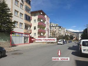 Kahramanmaraş Onikişubat Fatih Mahallesinde 102 m2 Dükkan