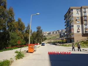 İzmir Çiğli Esentepe Mahallesinde Hisseli 1 m2 İmarlı Arsa