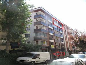 İstanbul Bahçelievler Hürriyet Mahallesi'de Çatı Piyesli Daire