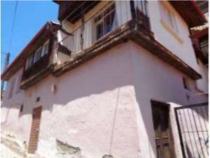 Antalya Elmalı Tahtamescit Mahallesinde 130 m2 Hisseli Kargir Ev