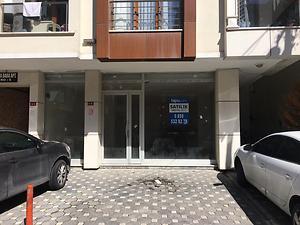 İstanbul Sancaktepe Sarıgazi Mahallesinde Depolu Dükkan