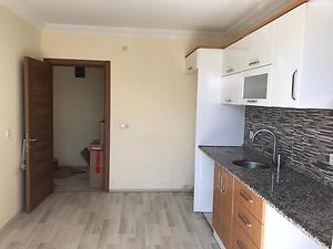 Sakarya Serdivan Orta Mahallesinde 2+1 105 m2 Daire