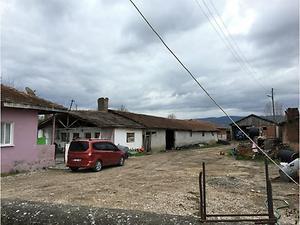 Amasya Suluova Ayracı Köyünde Kargir Ev ve Arsası