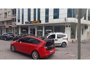 İzmir Konak Kahramanlar Mahallesinde Kiracılı Otel