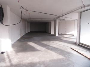 Bursa Osmangazi Akpınar Mahallesinde 215 m2 Dükkan