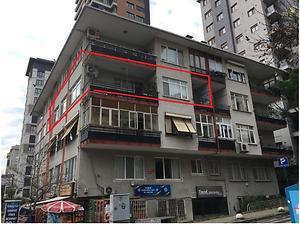 Kadıköy Göztepe Mahallesinde Arsa Tapulu Kiracılı 2+1 Daire