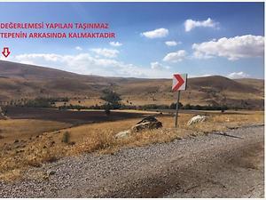 Sivas Kangal Karacaören'de 77 Dönüm Tarla