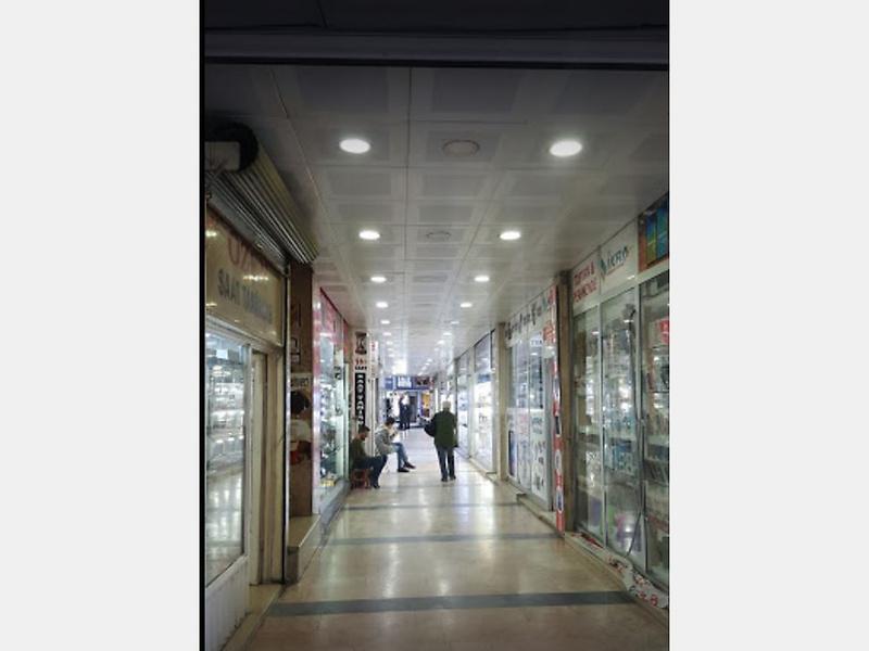 Batman Meydan Mahallesi Japon Pasajı'nda 15m2 Dükkan