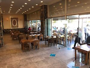 Zeytinburnu Mevlana Caddesine 33m Cepheli Kiracılı 120m2 Dükkan