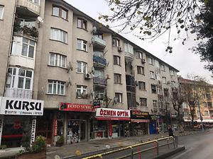 Gaziosmanpaşa Cengiz Topel Caddesi'nde 3+1 Daire