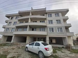Tekirdağ Hayrabolu Kahya Mahallesi'nde Natamam 130 m2 4+1 Daire