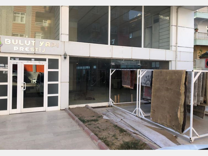 Kırşehir Kaman Yeni Mahallesi Atatürk Caddesi'nde 265 m2 Dükkan