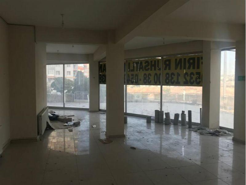Kayseri Melikgazi Esenyurt Mahallesi'nde İskanlı 365 m2 Depolu Dükkan