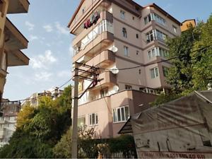 Zonguldak Merkez Meşrutiyet Mahallesi'nde 1+1 90 m2 Daire