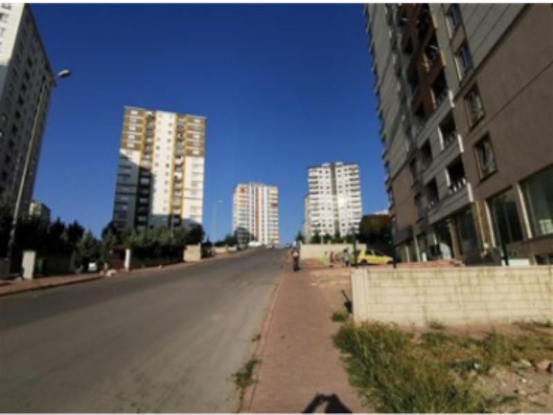 Kayseri Talas Mevlana Mahallesi'nde İskanlı 215 m2 Depolu Dükkan