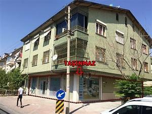 Konya Selçuklu Sakarya Mahallesi'nde İskanlı 303m2 Depolu Dükkan