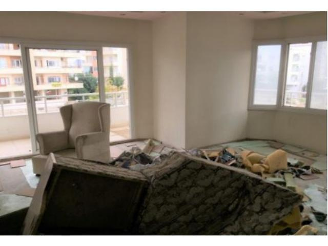 Mersin Yenişehir Akkent Mahallesi'nde 4+1 168 m2 Daire