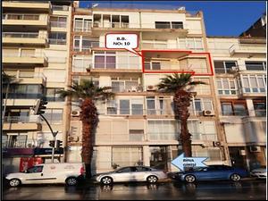 İzmir Karşıyaka Alaybey Mahallesi'nde Deniz Manzaralı 105 m2 Daire