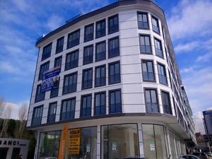 Maltepe Bağdat Caddesi'ne Cepheli Sıfır Binada 45 m2 Ofis
