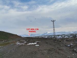 Çorum Sungurlu Akpınar Köyünde 22.383 m2 Tarla