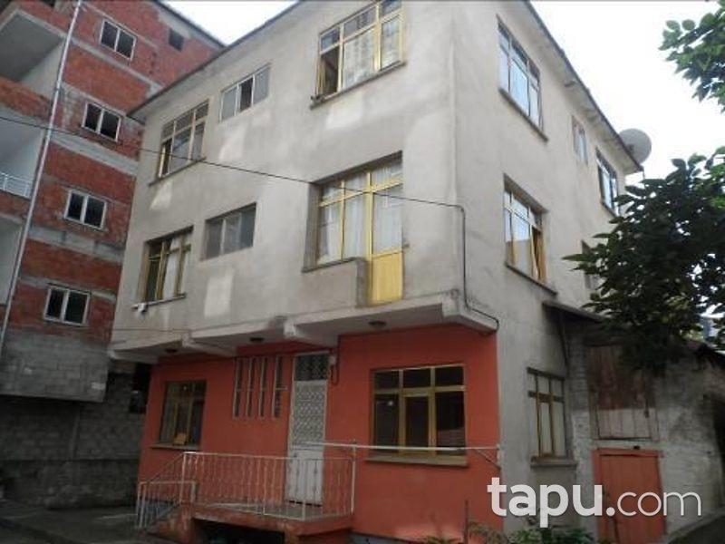 Rize Ardeşen Yavuz Selim Mahallesinde 270 m2 Bina