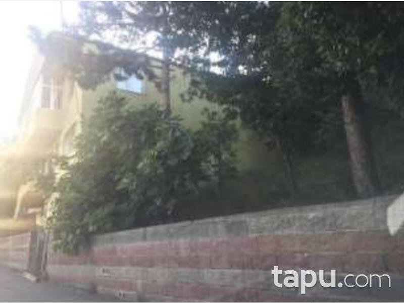 İstanbul Üsküdar Küçüksu Mahallesinde 207 m2 Hisseli İmarlı Arsa