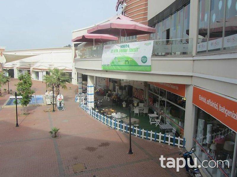 Manisa Salihli Festiva Alışveriş Merkezi'nde 158 m2 2 Adet Dükkan