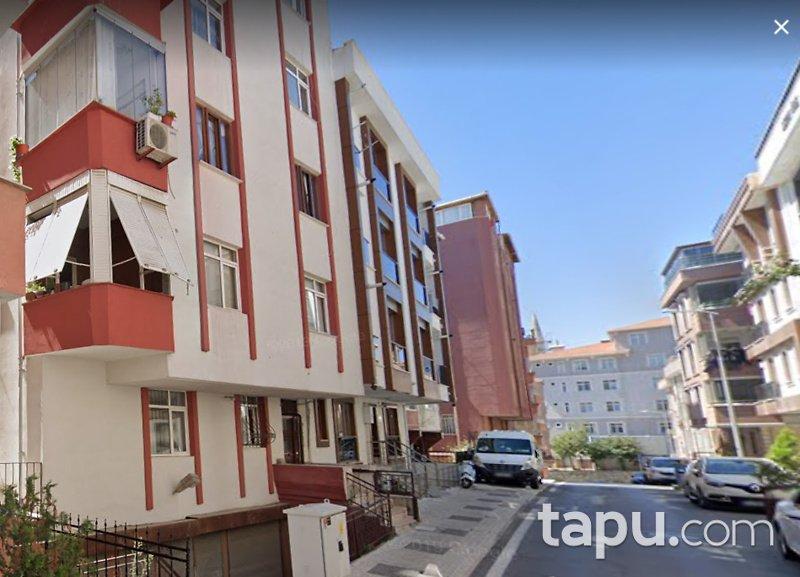 İstanbul Üsküdar Cumhuriyet Mahallesinde 31/188 Hisseli Bina
