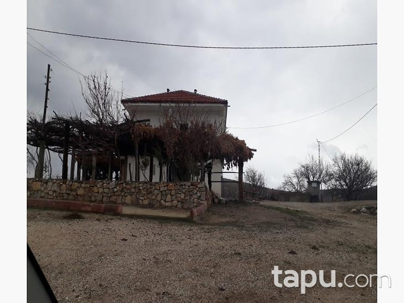 Malatya Yeşilyurt Gözene Mahallesinde Kayısı Bahçeli Ev