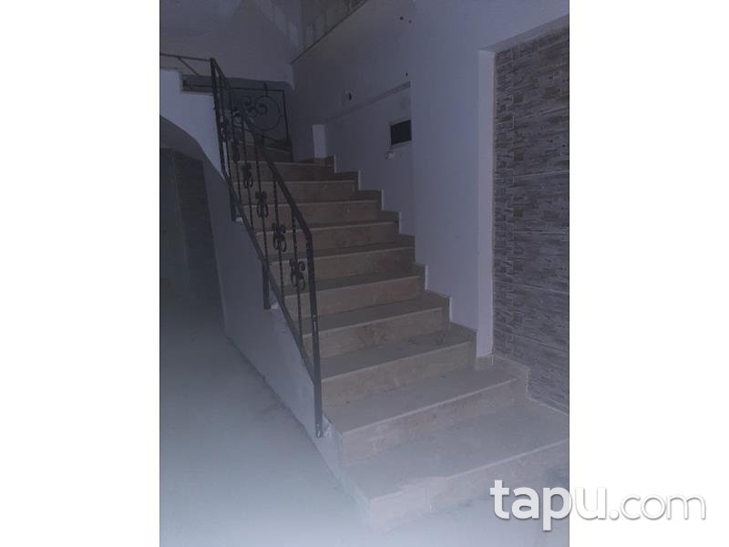 Ankara Mamak Türközü Mahallesi'nde İskanlı Ters Dubleks 82 m2 Daire