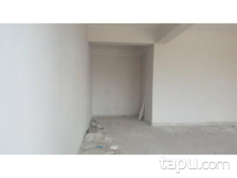 Kocaeli İzmit Kozluk Mahallesi'nde 137 m2 Depolu Dükkan